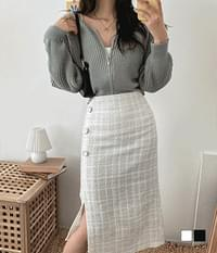 Cropped tweed button long skirt