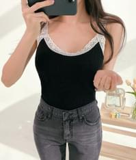 Lace-Trimmed Slim Sleeveless Top