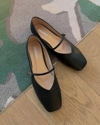 Square Strap Mary Janes Shoes
