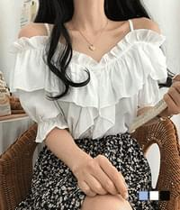 Juju Lady off-shoulder frill blouse