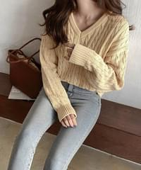 D-Day Cable Cotton V-Neck Knitwear