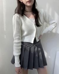 Pevu V-Neck Hatchi Crop Knitwear Cardigan