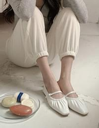Fuzz shirring flat shoes