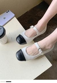 Classic Point Mary Jane Flat Shoes