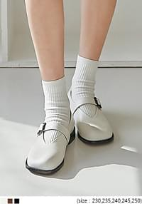 Buckled Strap Mary Jane Shoes