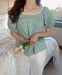 Shera flower blouse