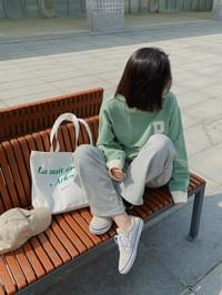 P-embroidered color Sweatshirt