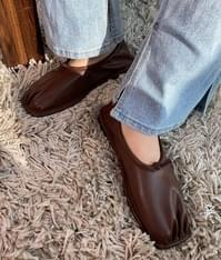 Ruched Flat Shoes
