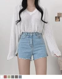 Wings Booklet V-Neck Loose-fit Fit Knitwear