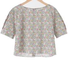 Garden button crop blouse