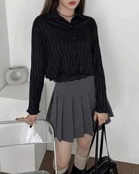 Crunchy pleated cropped blouse shirt