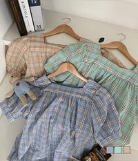 Incense check square-neck short-sleeved blouse