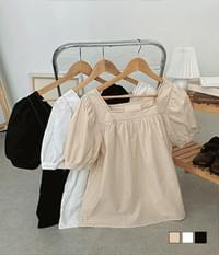 All-stitch puff square-neck short-sleeved blouse