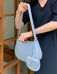 Clash round shoulder bag