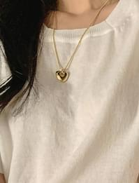 Heart Hall Pendant Necklace