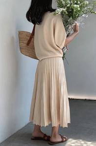 Cool Rayon Pleated Knitwear Set