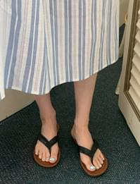 Daily Color Leather Flip Flops
