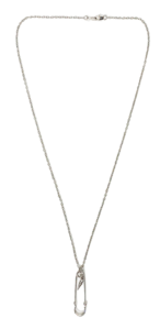 Pin pendant chain necklace