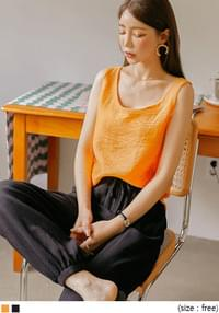 Solid Tone Loose Sleeveless Top