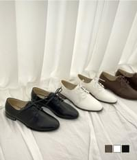 Basic Staff Loafers