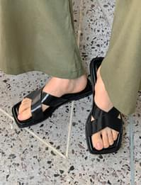 X Cover Square Leather Slippers
