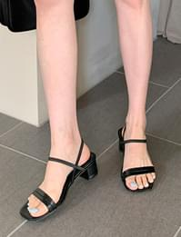 Coco Strap Middle Heel Sandals