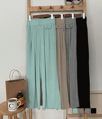 Oversized two-button pintuck banding trousers