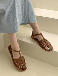 musk braided leather sandals