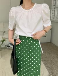 Kelly puff round blouse