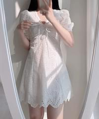 Bubble Punching Lace Puff Dress 2color