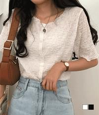 puffy cloud pleated blouse