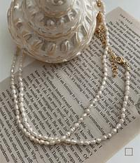single naughty pearl necklace