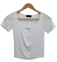 Henry neck button, slim fit cropped short sleeve T-shirt