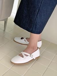 cross round flat shoes