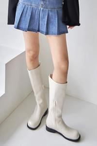 common slit middle boots