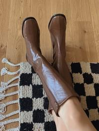 Glossy Long Boots