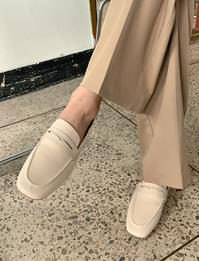 Simple Basic Flat Penny Loafers