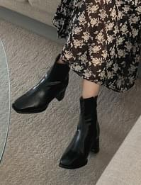 future ankle boots