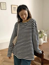 color matching striped long sleeve t-shirt