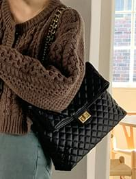 Quilted Square Chain Shoulder Bag