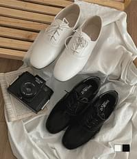 simple basic oxford loafers