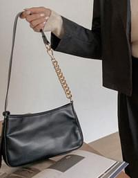 Gold chain two-way tote shoulder bag