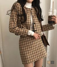 Dolly Check No Collar Wool Two-Piece Setup