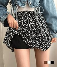 Pretty leopard cancan mini skirt to coordinate with