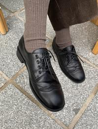 classic wingtip leather loafers
